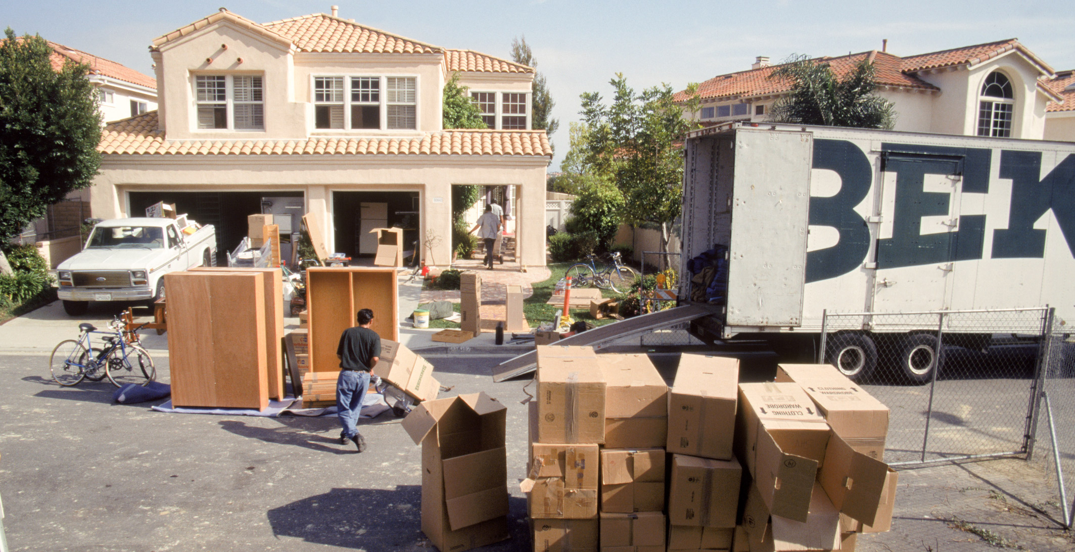 The Complete Guide For Moving to a New Home