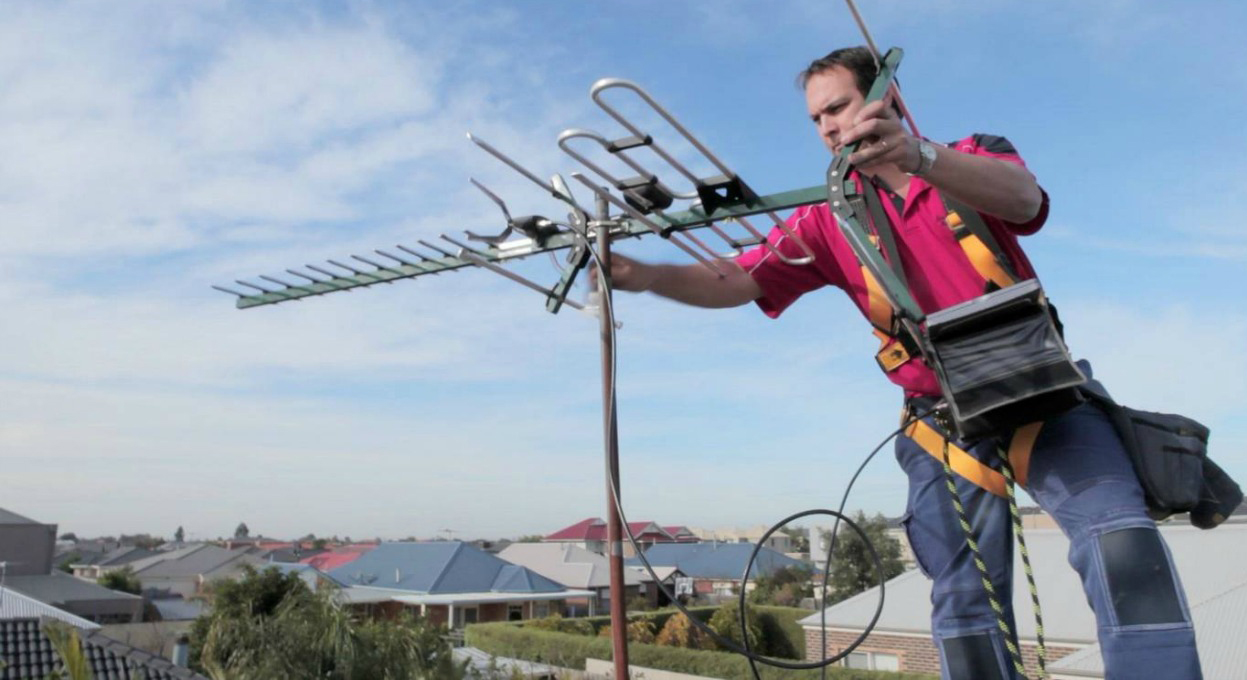 Why You Should Hire Professionals to Install TV Aerials